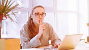 Read more about the article Travailler en Freelance : une option intéressante pour les Conjoints Expatriés